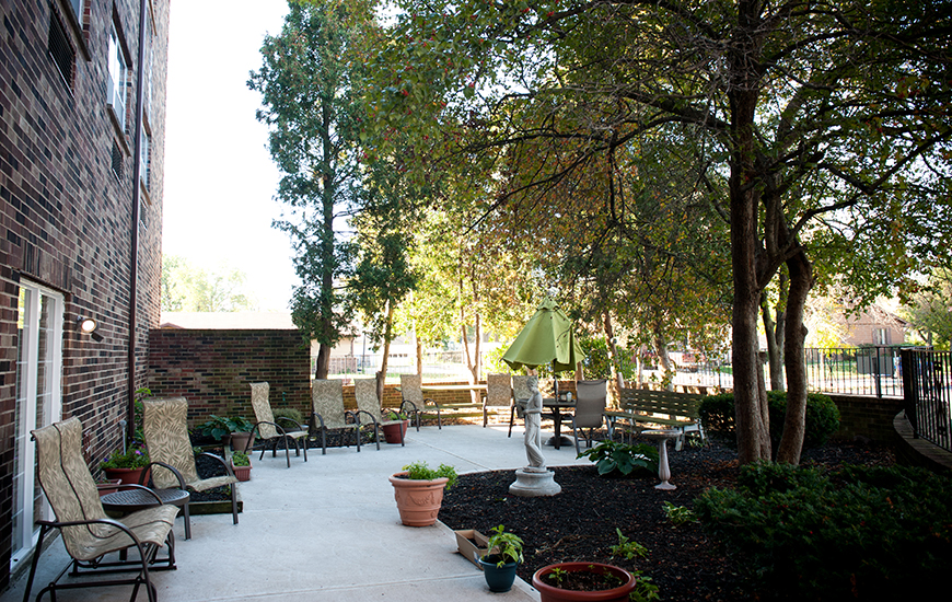 Autumn Ridge patio